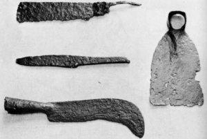 Ancient Pruning Hooks, PDI